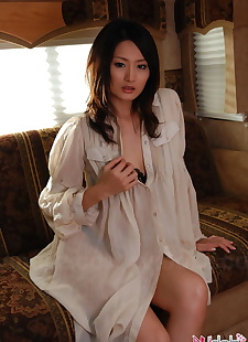 japanese sex pics Young Japanese girl with great legs, tiny tits , skirt